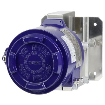 Compact differential pressure switch