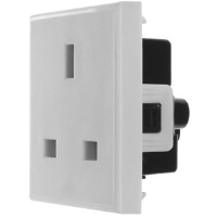 13 AMP SOCKET IN WHITE