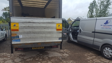24 Hour Emergency Tail Lift Call Out