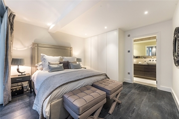 Bedroom Renovation & Fitting Contractors