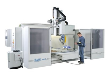 Compact 5-axis CNC Machining Centre