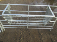 Bateman 3Ft Hook Over Hay Rack