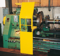 safety devices for turning machines: specialised protection for big lathes