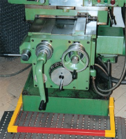 safety devices for turning machines PED