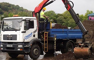 18 tonne Grab Lorry for hire.  Ideal for easy access and suitable for lanes.
