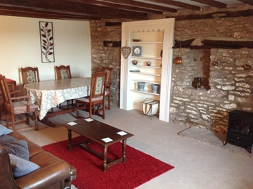 Features, Self Catering Cottage to let