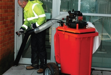 UK Manufacturer of Litter Collection Vacs for Outdoors