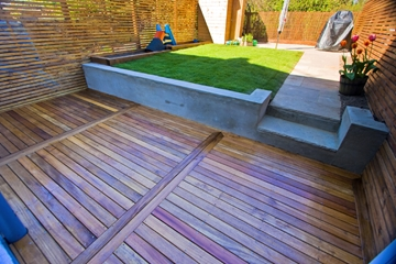 Decking Forest Hill