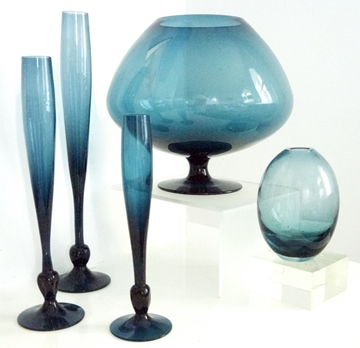 Gunnar Nylund for Lindshammer Blue Smoke Vases with bud vases from Whitefriars 9485