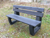 Bradley Garden / Park Bench | Bullnose version | Recycled Plastic