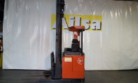 Diesel Stand On High Lift Pallet Trucks For Hire Solutions In Scotland