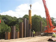 Operators of telescopic leader rigs, silent pilers and/or CFA piling rigs