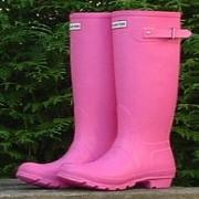 Ladies Fuschia Hunter Wellington Boots